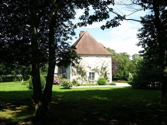 Acquérir une propriété en briques et colombages à 15 minutes de Pont L'Eveque 14130