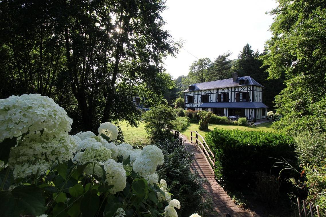 Vend ancien presbytère sur parc paysagé de 1,2 hectare Eure 27