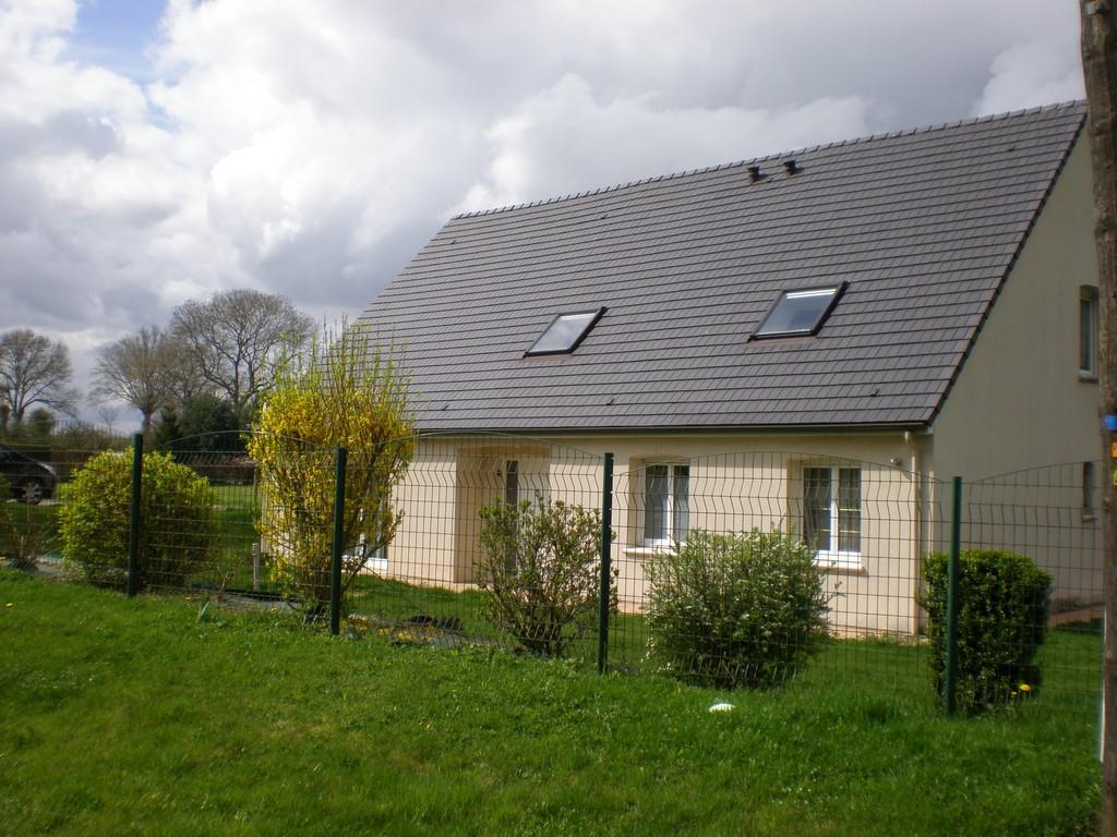 A vendre pavillon contemporain de village normandie for Pavillon contemporain