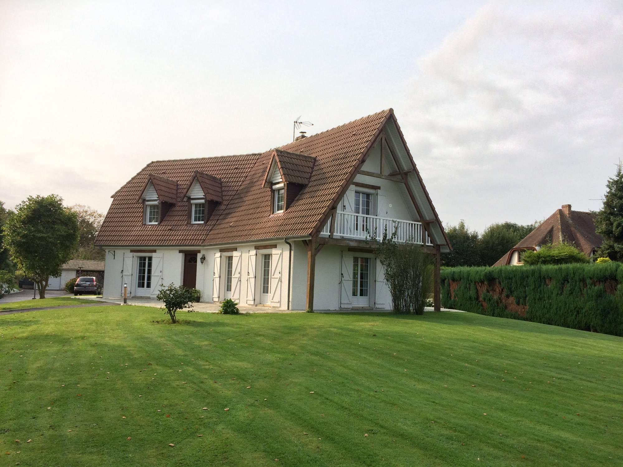 Maison moderne F4 avec terrasse à vendre Rouen - Terres et Demeures ...