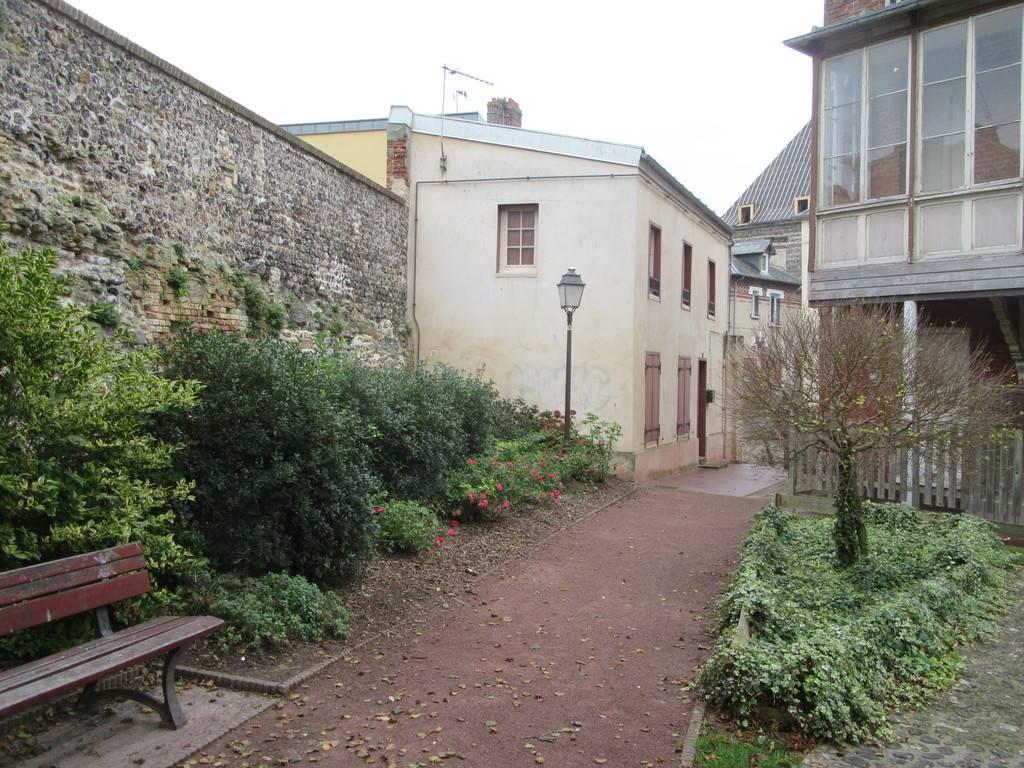 Vend maison dans le centre historique