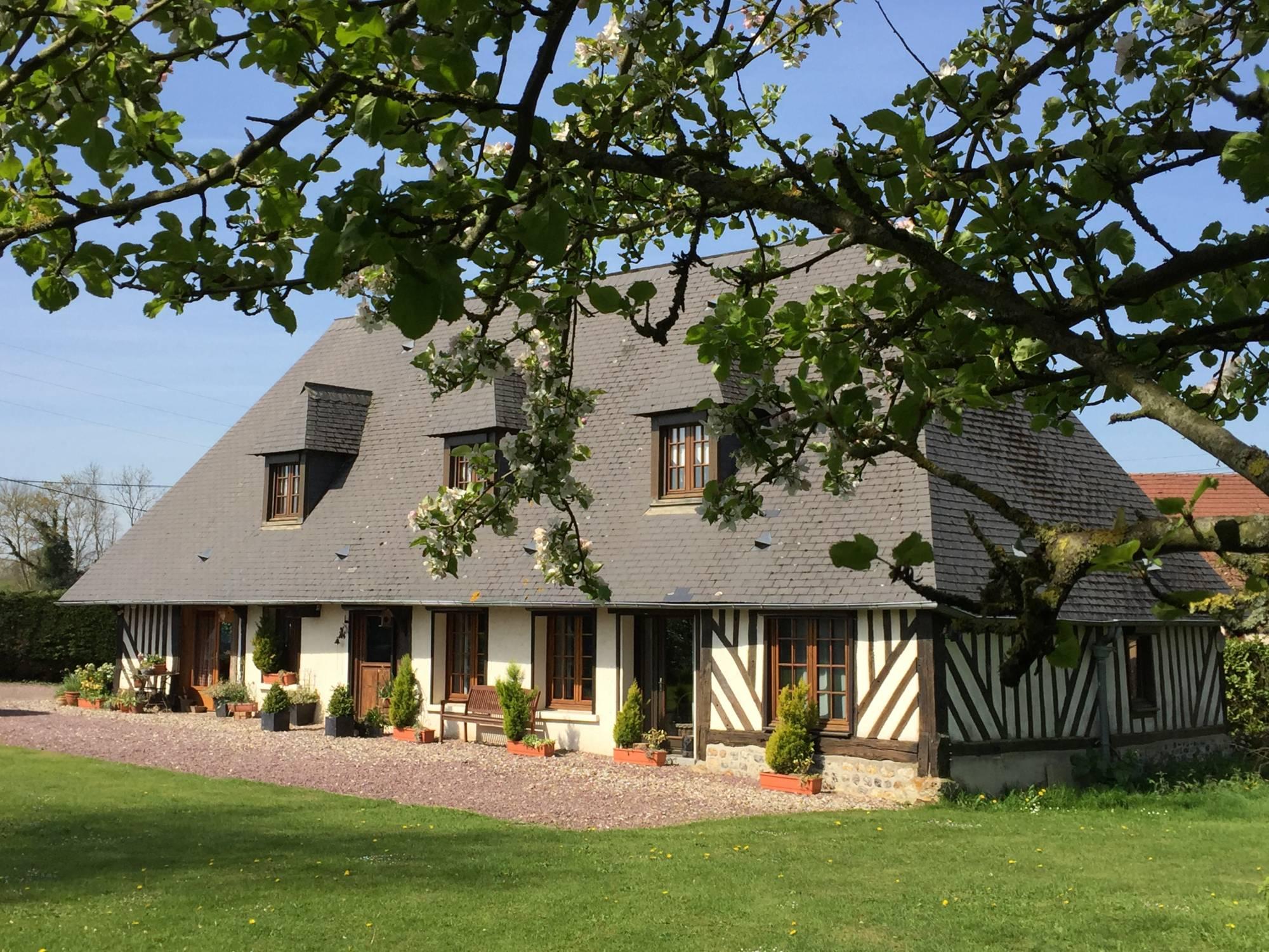 Acheter une maison de charme à 40 minutes de la gare de Bernay Eure 27300