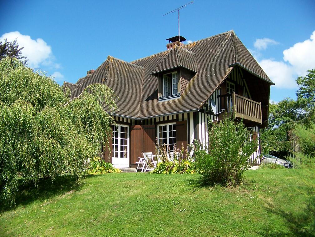nos biens a deauville honfleur et cabourg maison de charme terres et demeures de normandie. Black Bedroom Furniture Sets. Home Design Ideas