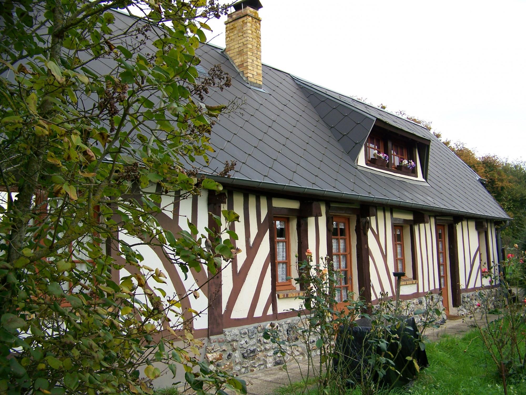 Nos biens a deauville honfleur et cabourg maison normande for Restauration maison normande