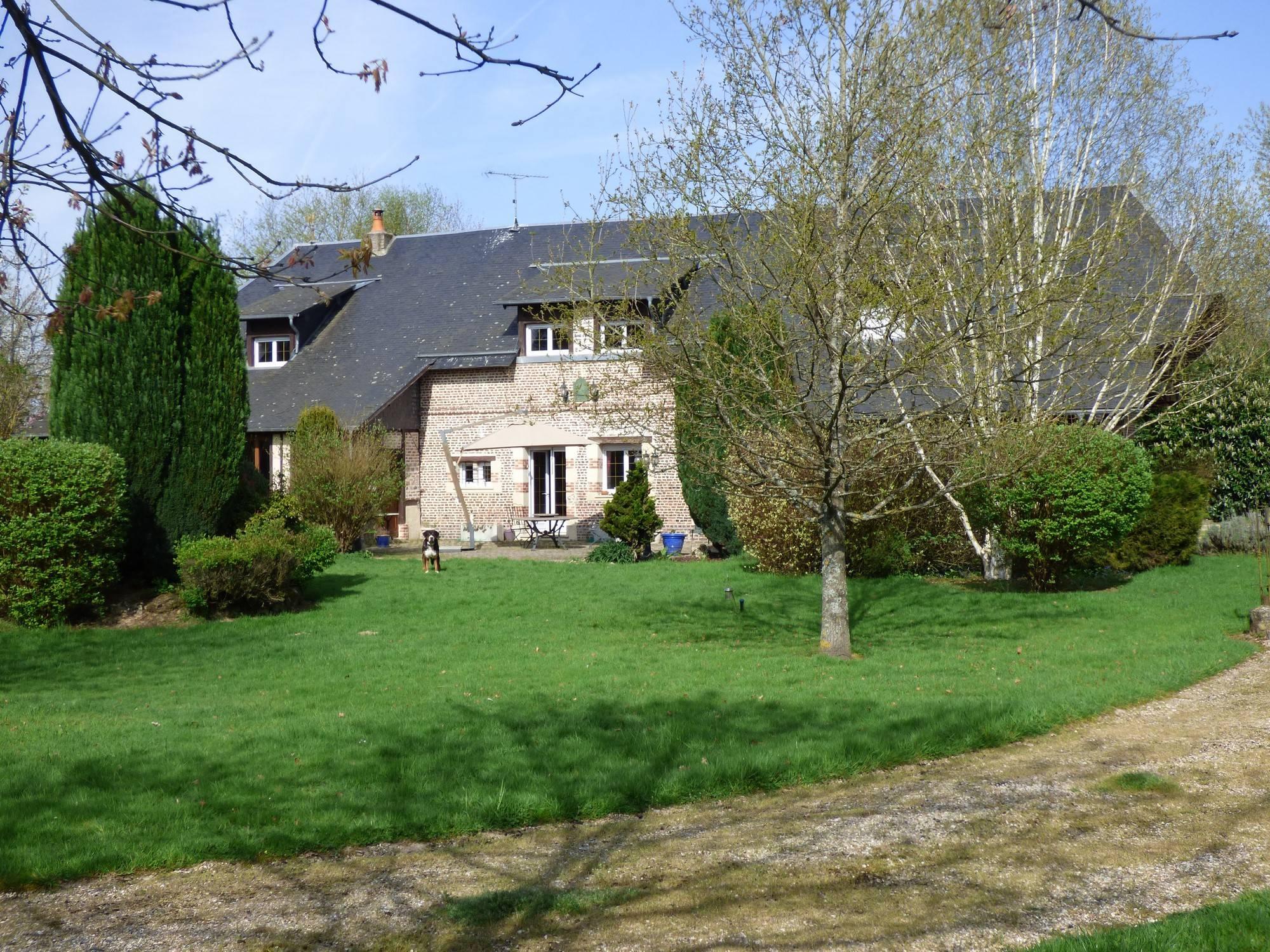 Investir dans une propriété en briques et pierres à deux heures de Paris 75