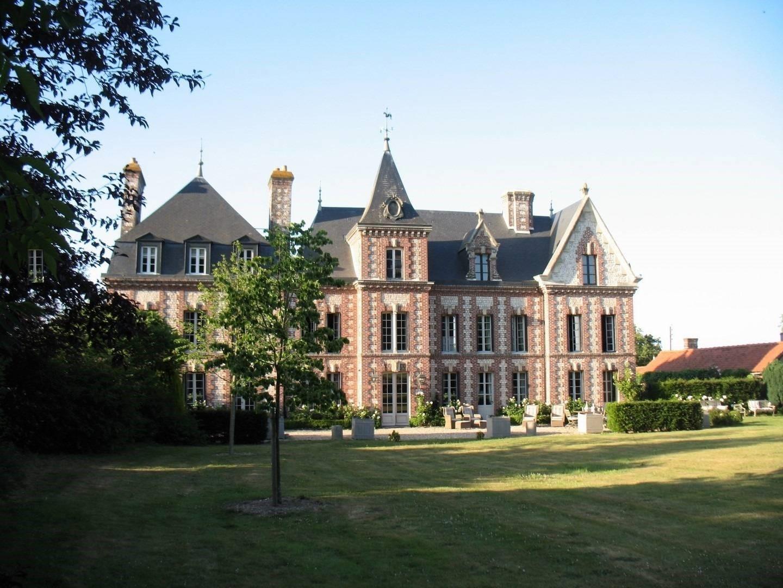 Acheté, un chateau à 30 minutes d'Honfleur 14600
