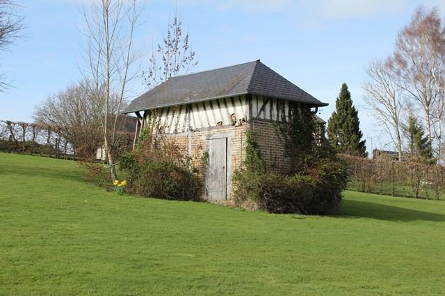 Maison normande entre cormeilles et pont l 39 eveque calvados for Garage ad pont l eveque