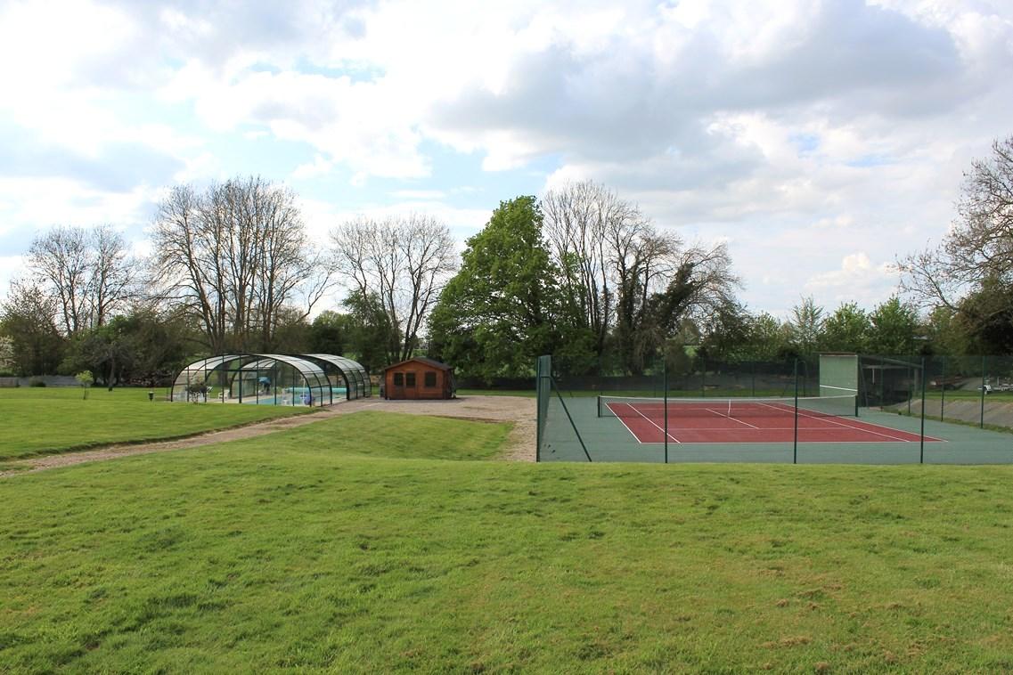 Région Cormeilles Propriété avec tennis et piscine