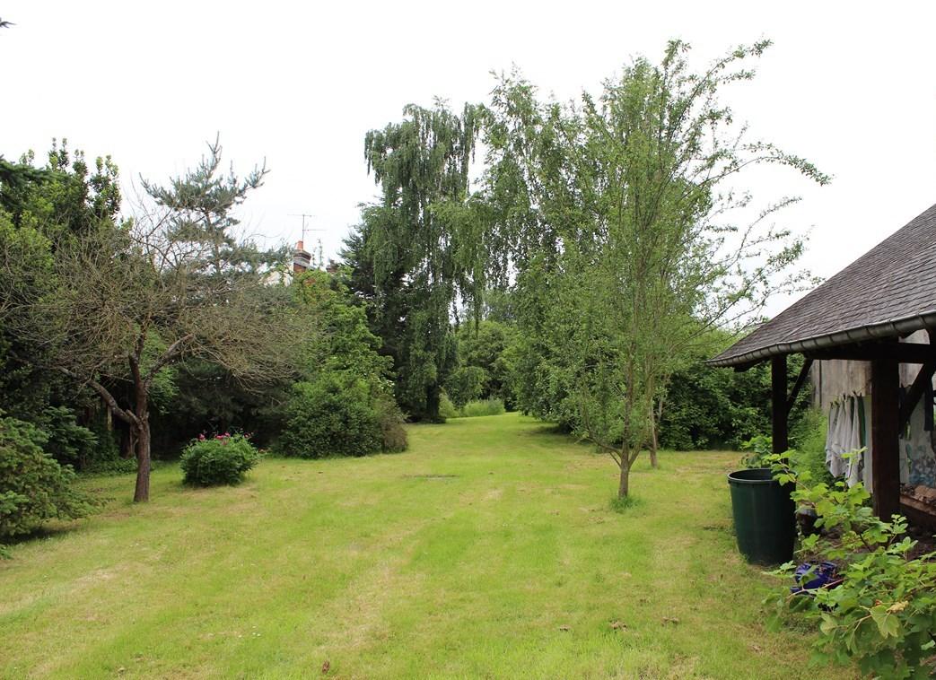 L'Agence Terres et Demeures de Normandie vous propose cette demeure avec 2600 m² de terrain