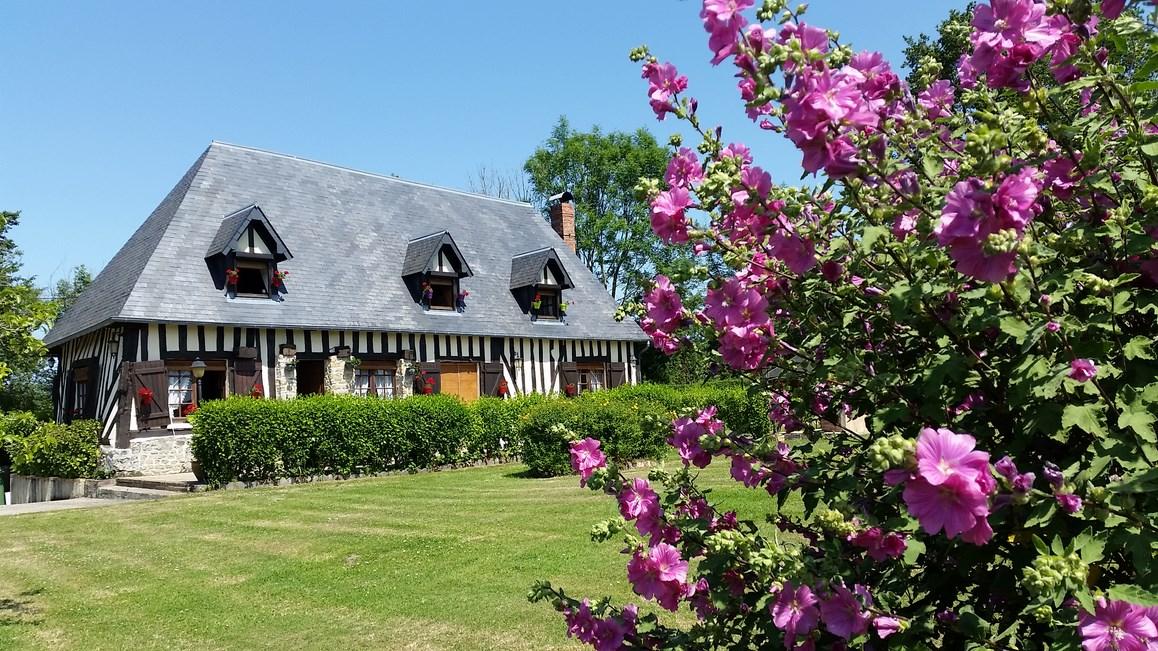 En vente maison en colombages secteur Beuvron en Auge 14430