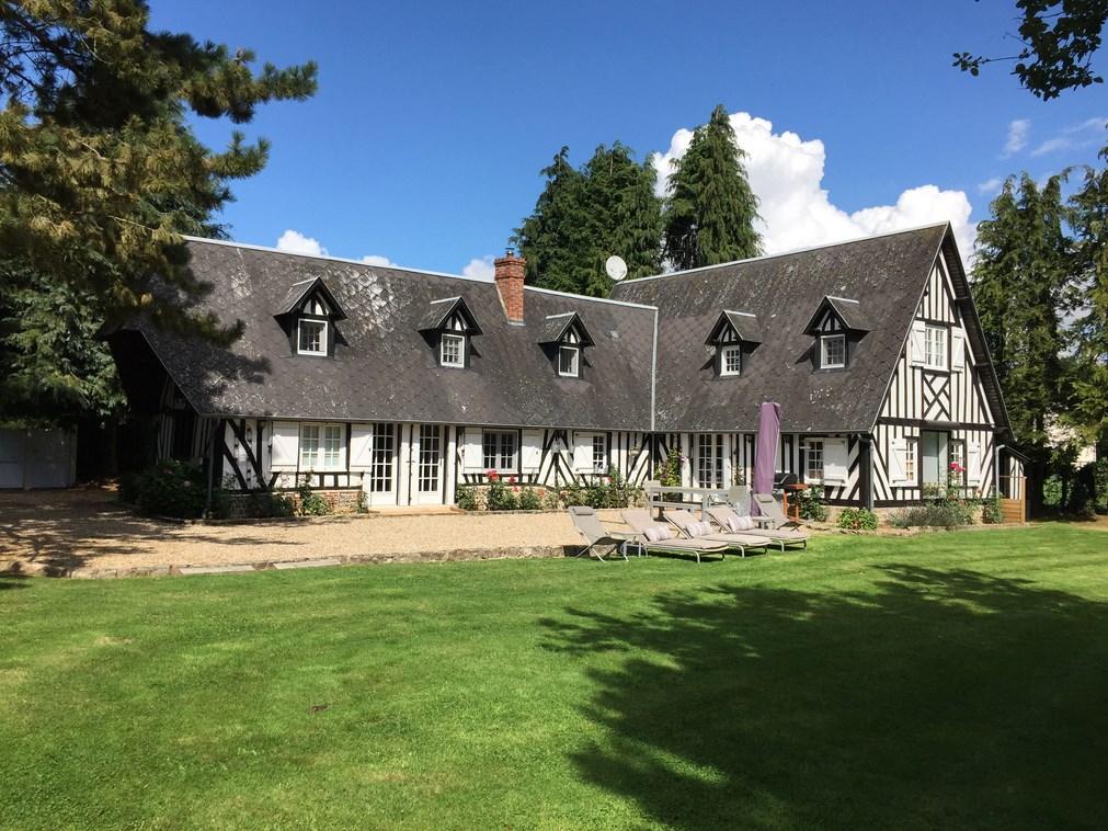 A vendre Propriété Normande avec Maison d'Amis région Bernay Eure 27