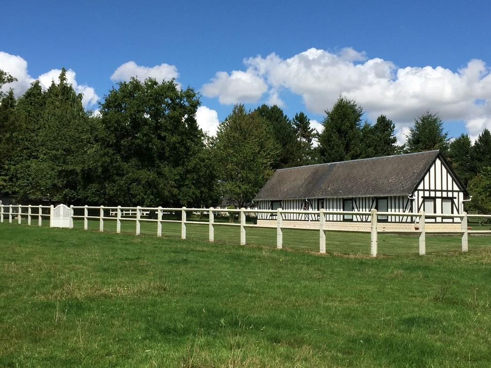 Terres et Demeures de Normandie vous invite à découvrir une Propriété proche Calvados 14