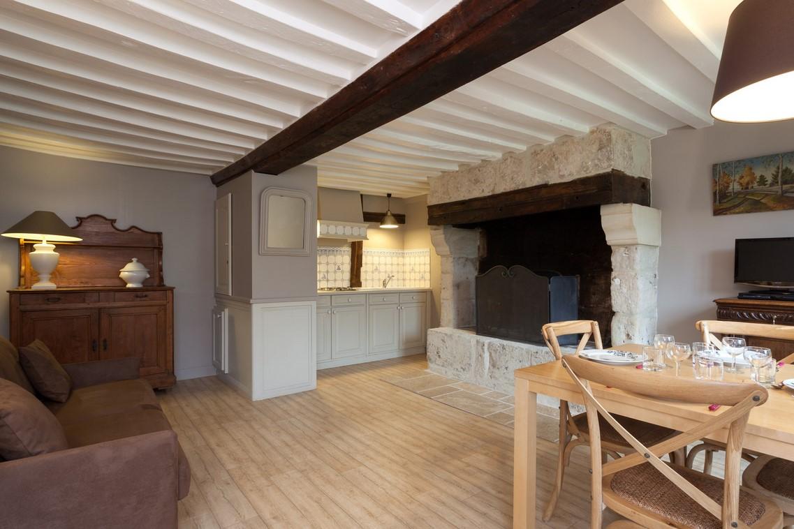 Achetez maison en briques à vocation de gite à 20 minutes du vieux bassin d'honfleur 14800
