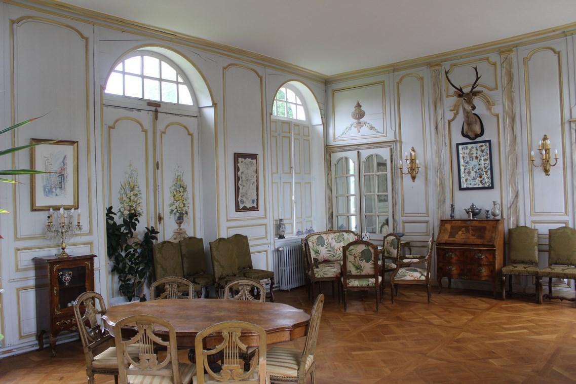 Recherche magnifique chateau en Normandie proche Deauville