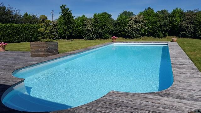 Vente MANOIR AUGERON Région CORMEILLES, Eure 27 dépendance et piscine chauffée