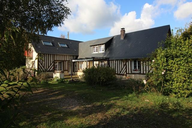 A acheter maison à colombages idéal chevaux ou chambres d'hôtes proche Pont-L'Eveque 14130