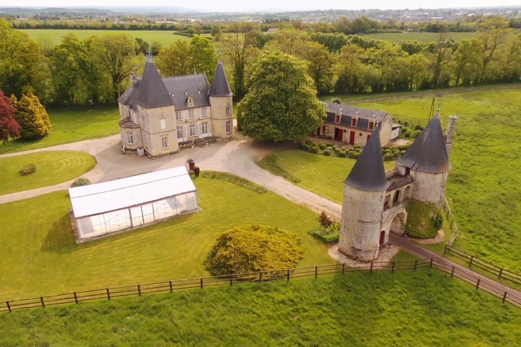 L'Agence Terres et Demeures de Normandie vous invite à venir découvrir cette Demeure de Prestige en Normandie Calvados 14