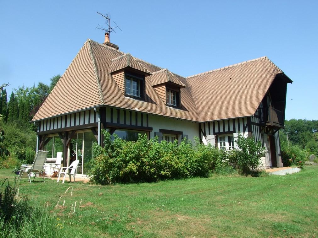 Ventes maison contemporaine entre pont l v que et lisieux for Maison moderne normandie