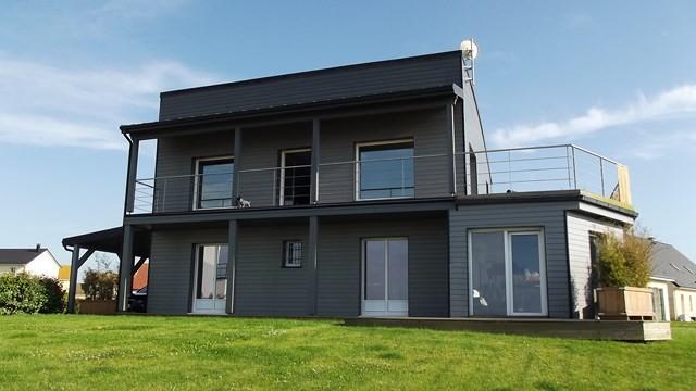 A vendre maison recente et contemporaine bord de mer