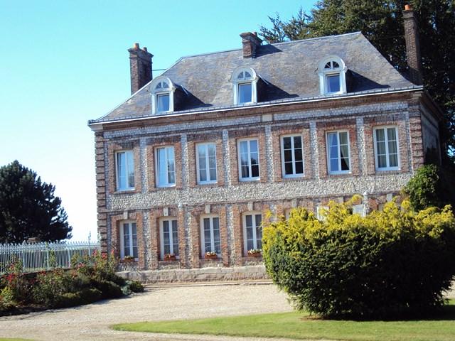Achetez ce Manoir équipé de gîtes et chambres d'hotes près de St Valery en Caux Seine Maritime 76