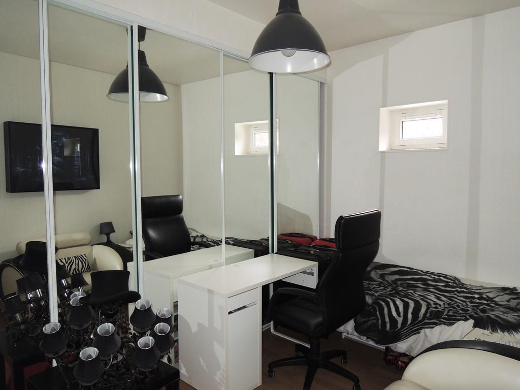 appartement bord de mer dieppe terres et demeures de normandie. Black Bedroom Furniture Sets. Home Design Ideas