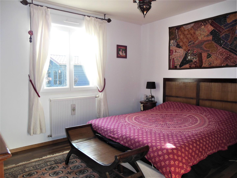 Recherche cette très belle maison contemporaine, 4 chambres, axe Dieppe - Penly, à 5 minutes de la mer en Norrmandie.
