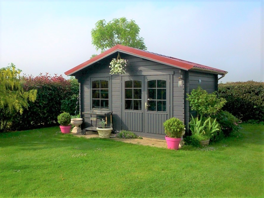 Recherchez cette très belle maison contemporaine, 4 chambres, axe Dieppe - Penly, à 5 minutes de la mer en Norrmandie.