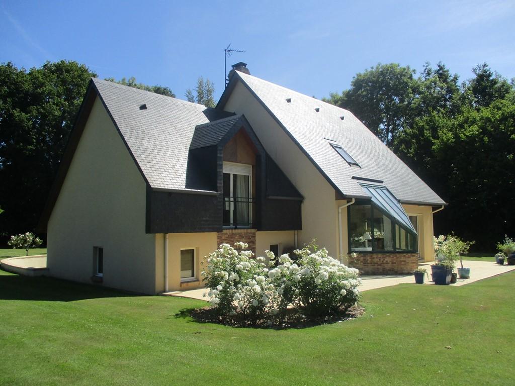 Maison contemporaine varengeville sur mer 76 terres for Maison moderne normandie