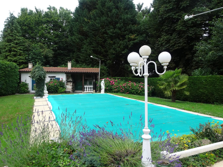Maison normande proche de lisieux calvados 14 terres et for Location villa avec piscine normandie