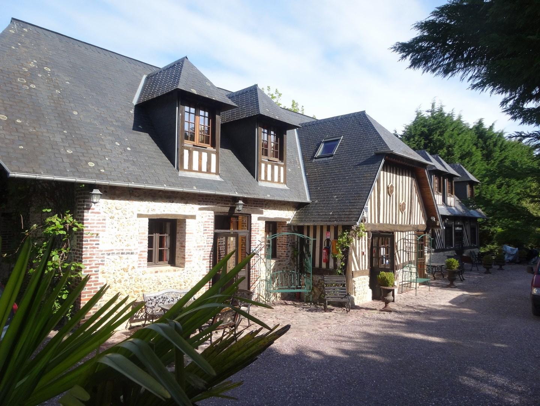 Lisieux ventes maison normande proche pont l 39 eveque for Vente maison l