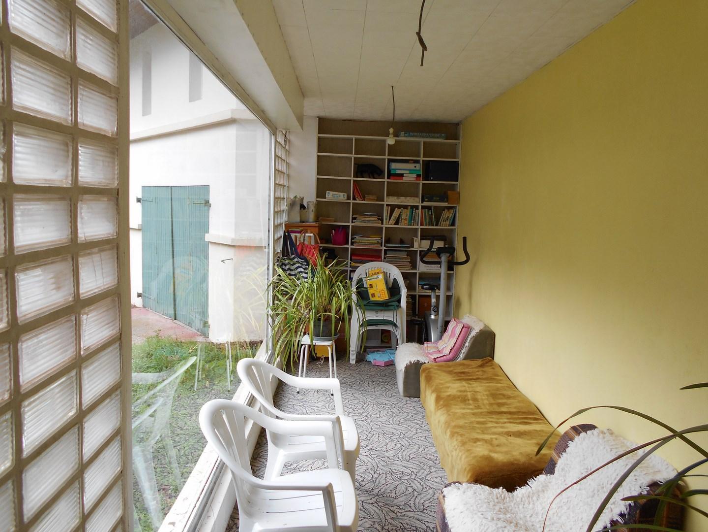 maison d 39 architecte r gion lisieux pays d 39 auge terres et demeures de normandie. Black Bedroom Furniture Sets. Home Design Ideas
