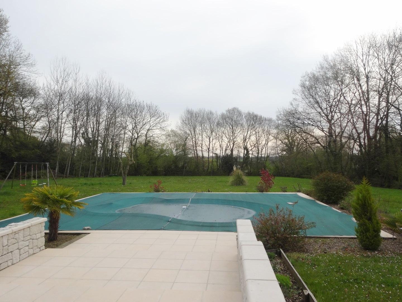 Lisieux ventes maison contemporaine r gion de cabourg for Prix piscine posee