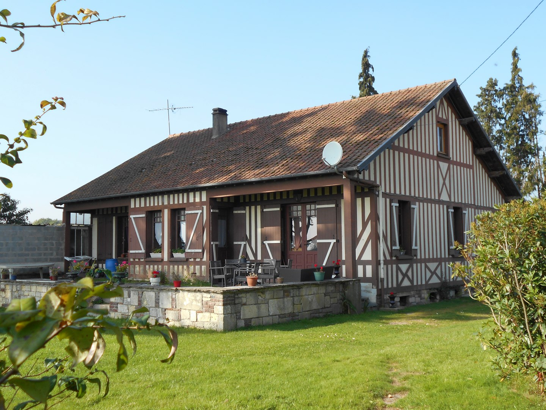 Maison normande cheap location vacances maison vue de for Construire une maison normande