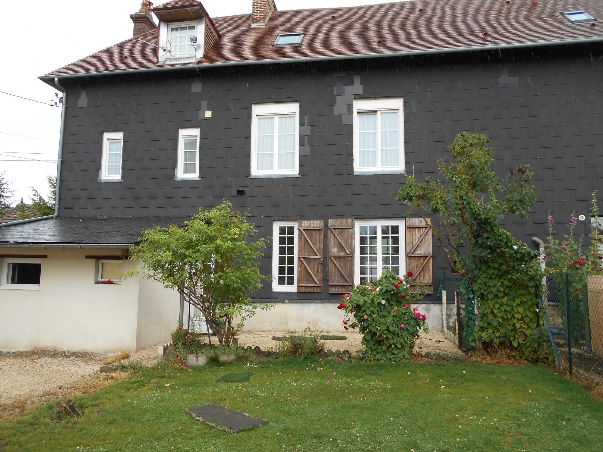 Lisieux ventes appartement 3 pieces avec jardin lisieux for Piscine lisieux