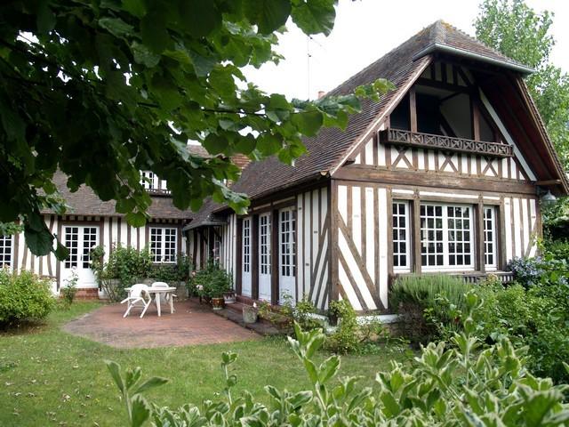 maison normande a colombages a vendre normandie terres et demeures de normandie. Black Bedroom Furniture Sets. Home Design Ideas