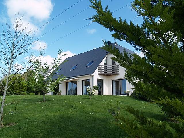 maison contemporaine a vendre normandie calvados region deauville terres et demeures. Black Bedroom Furniture Sets. Home Design Ideas