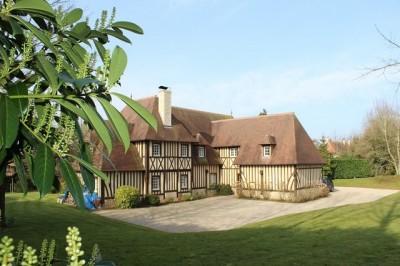A vendre propriété normande proximité immédiate Deauville et Trouville Sur Mer