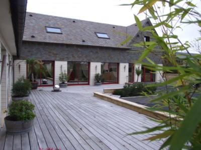 A vendre Maison d'architecte dans un bourg tous commerces Calvados 14