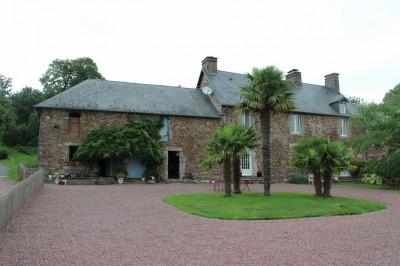 Acheter une propriété en pierre à 15 minutes de Coutance Manche 50
