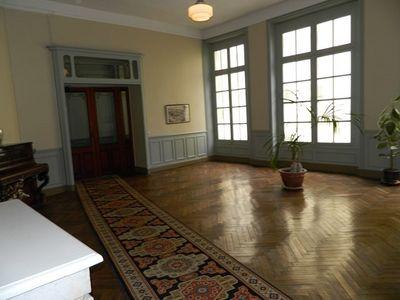 A vendre appartement au premier étage avec ascenseur située à deux pas de la gare de Dieppe