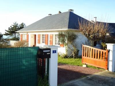 Achetez cette villa de bord de mer à Criel sur mer, 76, Normandie