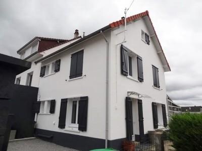 Achetez cette maison dans le quartier recherché de Bonsecours à Dieppe (76) en Seine-Maritime.