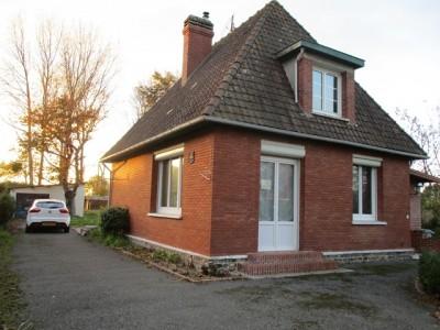 A vendre cette maison de 94.77 m² habitables bâtie sur un terrain de 3813 m² à 10 kilomètres de Dieppe 76200