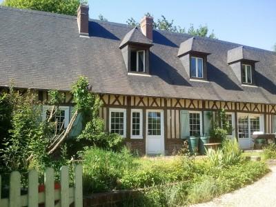 Achetez cette belle maison normande à la campagne, à proximité des commerces de Luneray, en Seine-Maritime ( 76 )