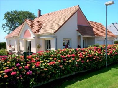 Achetez cette très belle maison contemporaine, 4 chambres, axe Dieppe - Penly, à 5 minutes de la mer en Norrmandie.