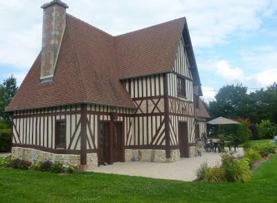Maison normande r gion orbec pays d 39 auge terres et for Les demeures traditionnelles