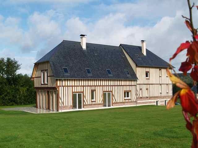 Maison contemporaine a vendre aux portes de deauville terres et demeures de normandie - Porte occasion maison ...