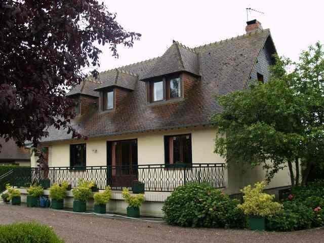 maison d habitation a vendre normandie entre deauville et pont l eveque terres et. Black Bedroom Furniture Sets. Home Design Ideas